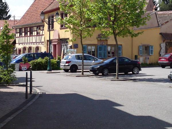 Parkings place du march&eacute;<br /> 40 places dont parking handicap&eacute;